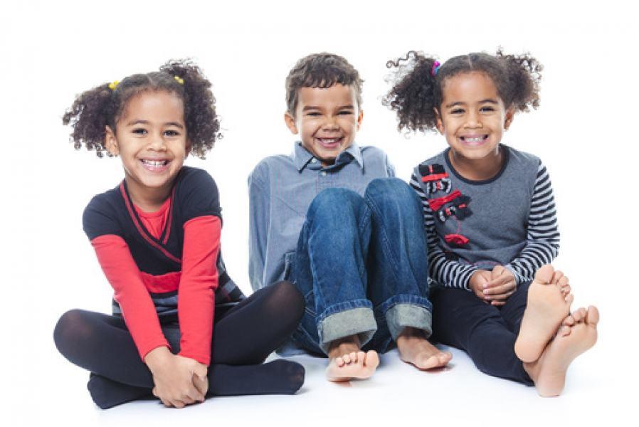 O sorriso de uma criança é a essência do amor e da simplicidade: inocência e espontaneidade