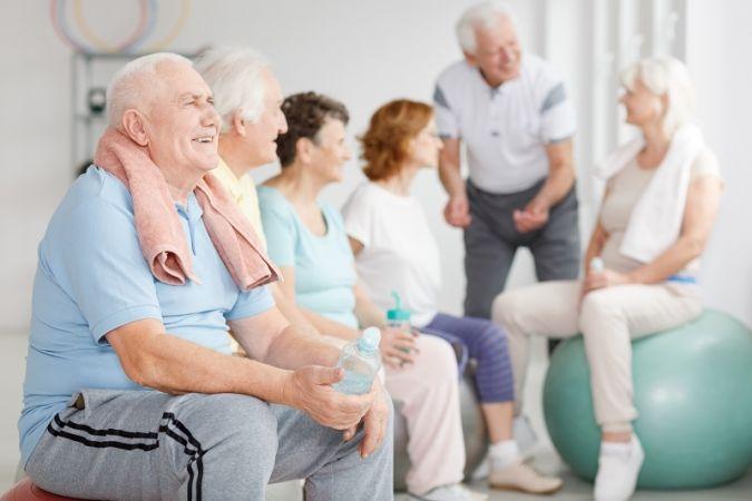 Geriatra vai abordar saúde do idoso em entrevista nesta terça-feira