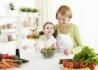 Nutricionista do Espaço Viver Melhor orienta sobre alimentação infantil