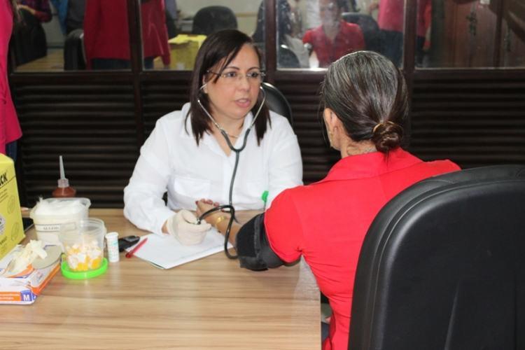 Equipe da Unimed João Pessoa realiza ação no InSaúde