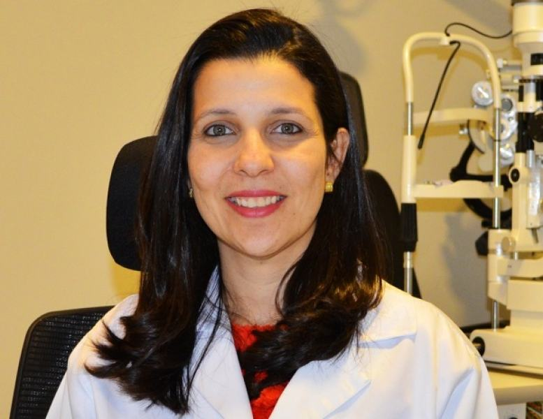 A oftalmologista Daniela Araújo recomenda exames de rotina durante a infância: prevenção