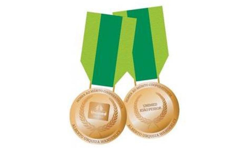Medalha foi criada para homenagear pessoas que contribuírem para o cooperativismo: boas práticas