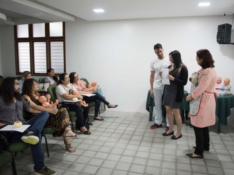 Curso de Amamentação dá orientações e dicas às mães: segurança, confiança e cuidados