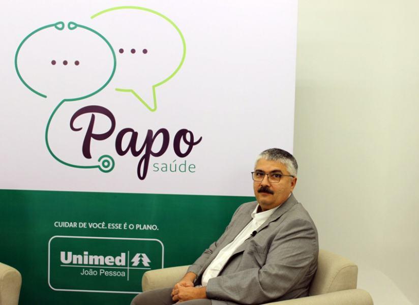 Pediatra Constantino Cartaxo é o entrevistado deste mês do Papo Saúde: confira no Facebook