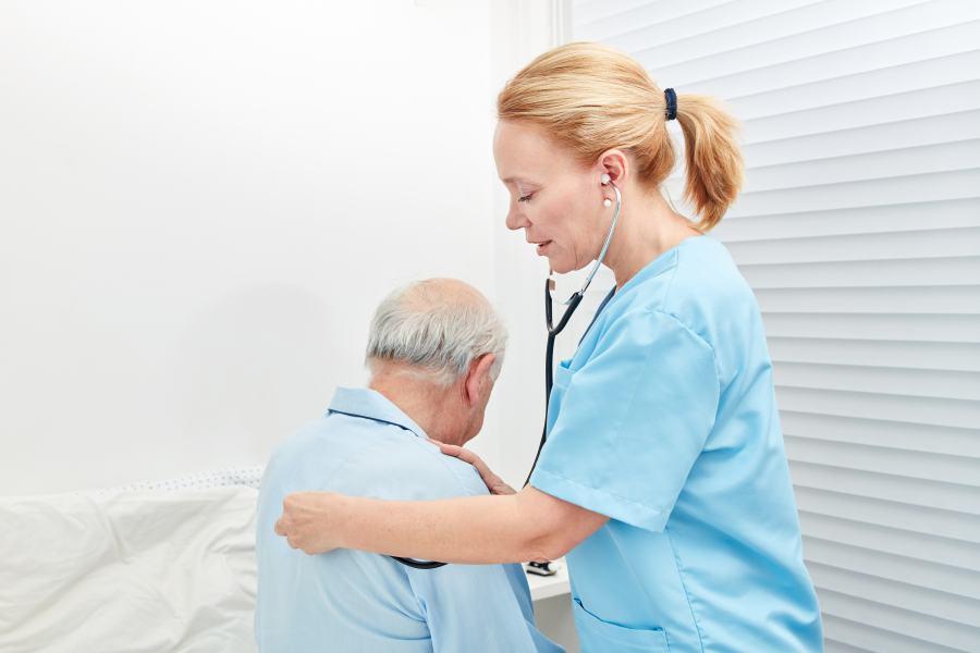 Médicos podem concorrer a seleção em UTI Neonatal, UTI Pediátrica e Pronto Atendimento