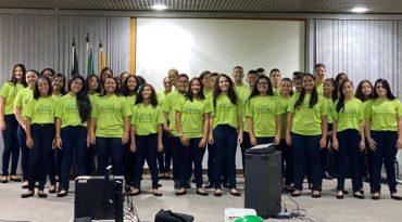 Na apresentação, o Coral cantou músicas como Jesus Cristo, Primeira Estrela e Divano