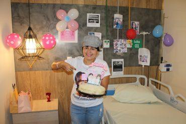 Karla Fernanda Barreto foi surpreendida com uma comemoração no final do seu tratamento: alegria