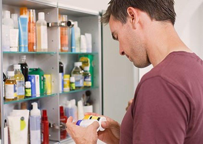 Veja como você pode armazenar de forma correta os seus medicamentos