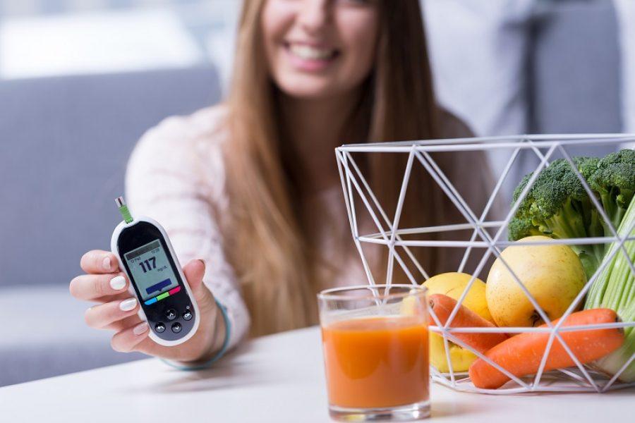 Os participantes do grupo recebem orientações sobre como controlar o diabetes: qualidade de vida