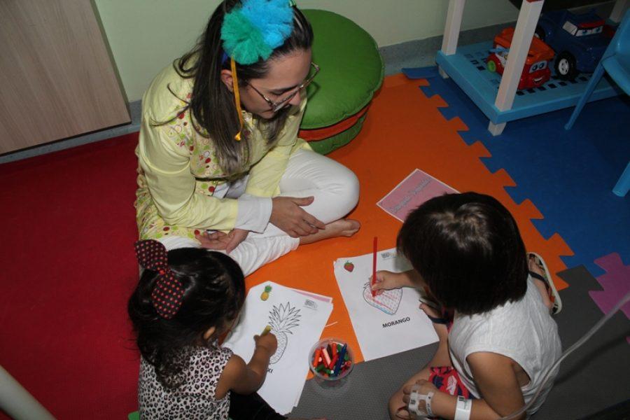 Brinquedoteca é muito mais do que um lugar para brincadeiras: jeito especial de cuidar das crianças