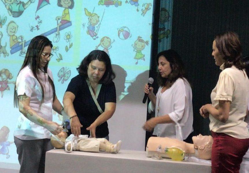 Hospital Alberto Urquiza Wanderley orienta pais sobre primeiros socorros