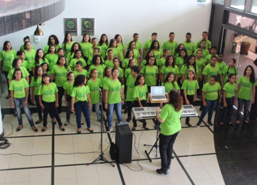 O Coral Jovem da Unimed João Pessoa realiza apresentações o ano todo: compromisso