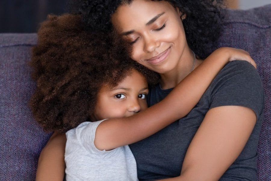 Unimed JP homenageia clientes em comemoração ao Dia das Mães; confira