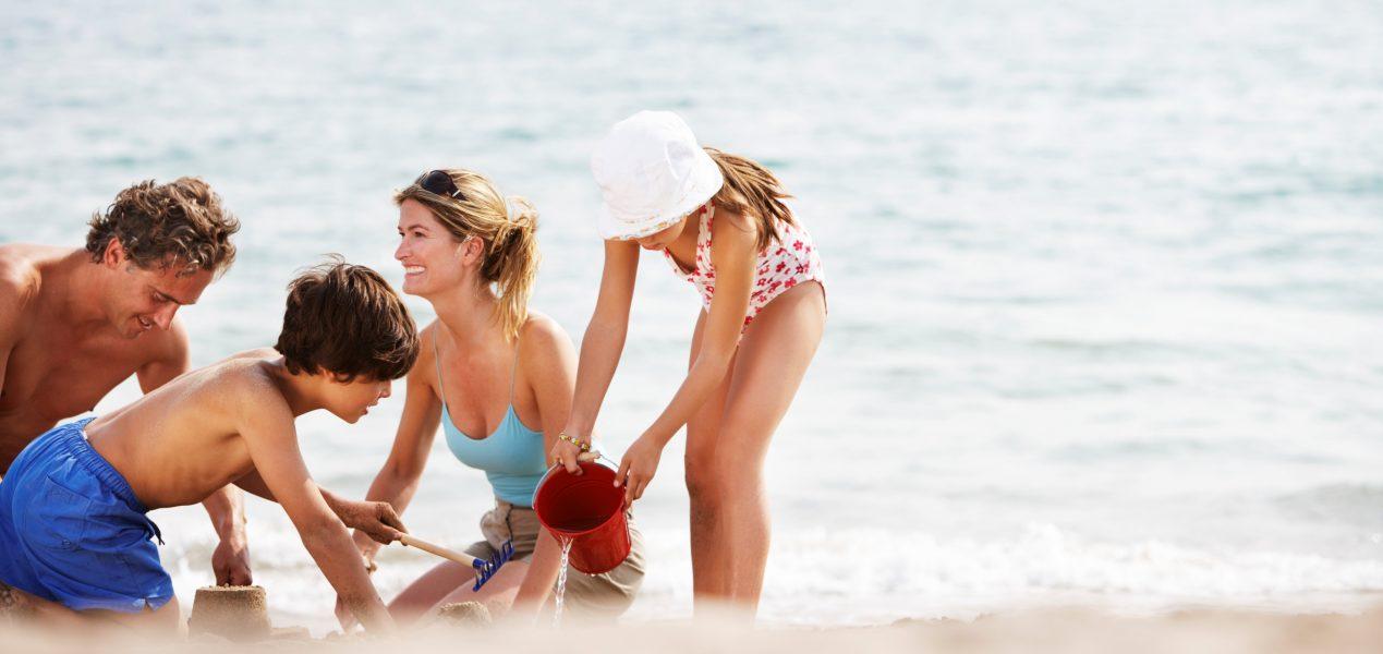 Dias com temperaturas bem elevadas, a praia costuma ser um dos passeios favoritos