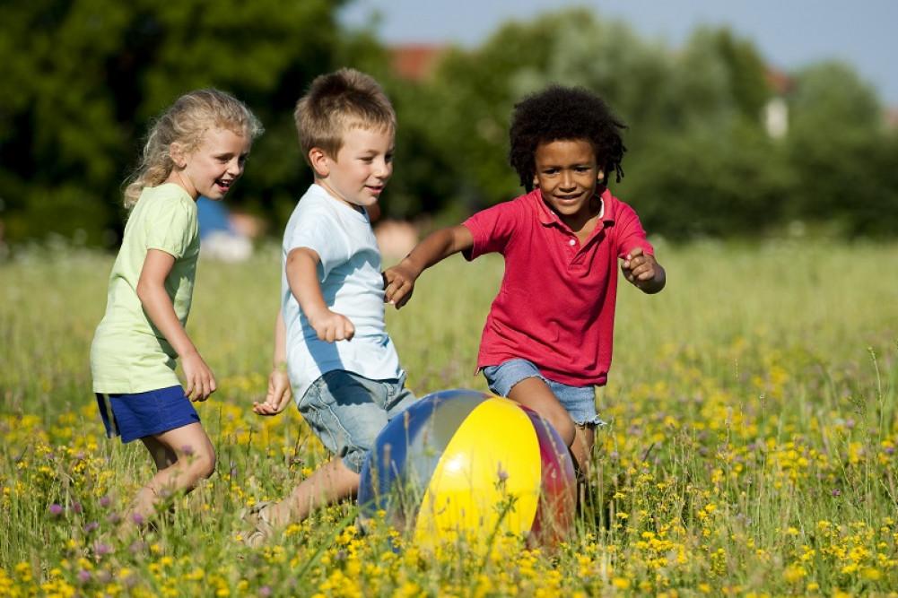 No verão, o cuidado com as crianças devem ser  ainda maior: saúde